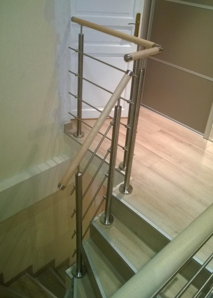 escalier-avec-rambarde